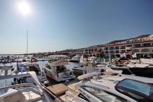 Marina Dinevi yacht club